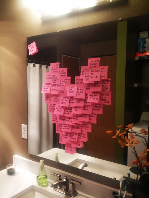 Homemade Valentine's Day Gifts: Post-It Mirror Heart